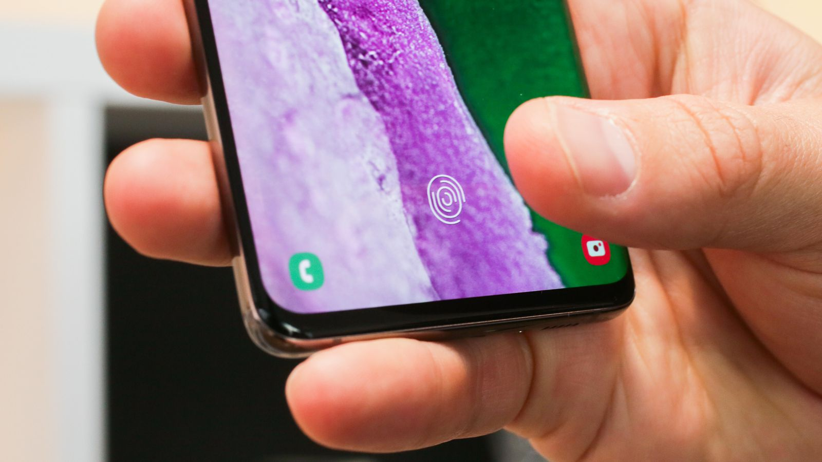 How does work Galaxy S10's Ultrasonic Fingerprint Scanner?