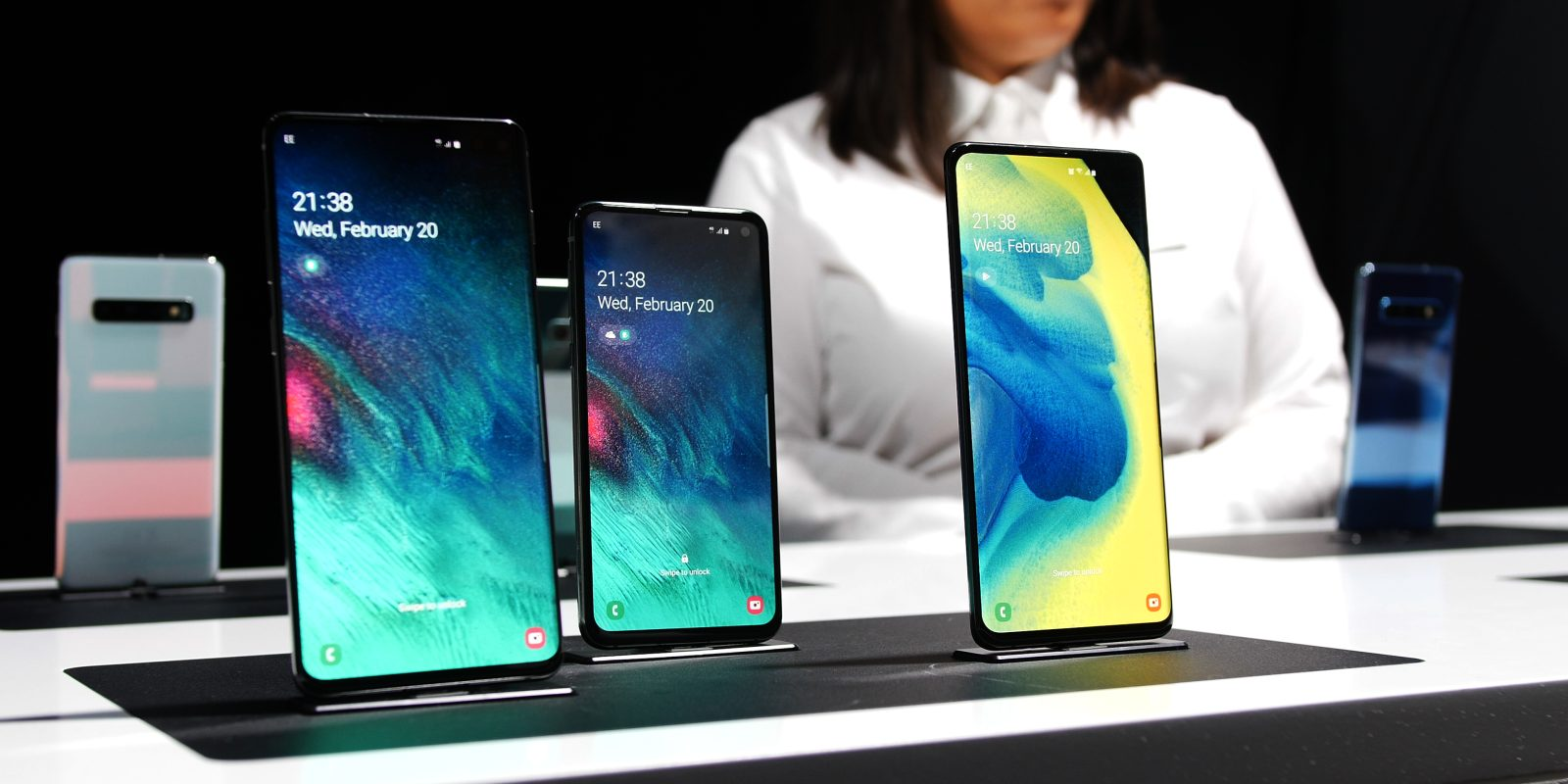 What is new? Samsung Galaxy S10e, S10 and S10+ gets a new